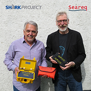 Karl Hansmann, Seareq hands over ENOS-System to Gerhard Wegner Sharkproject