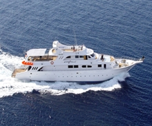 ENOS-Boat M/Y Longimanus in the Red Sea